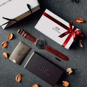 A watch, a credit card, and a few other gifts for men