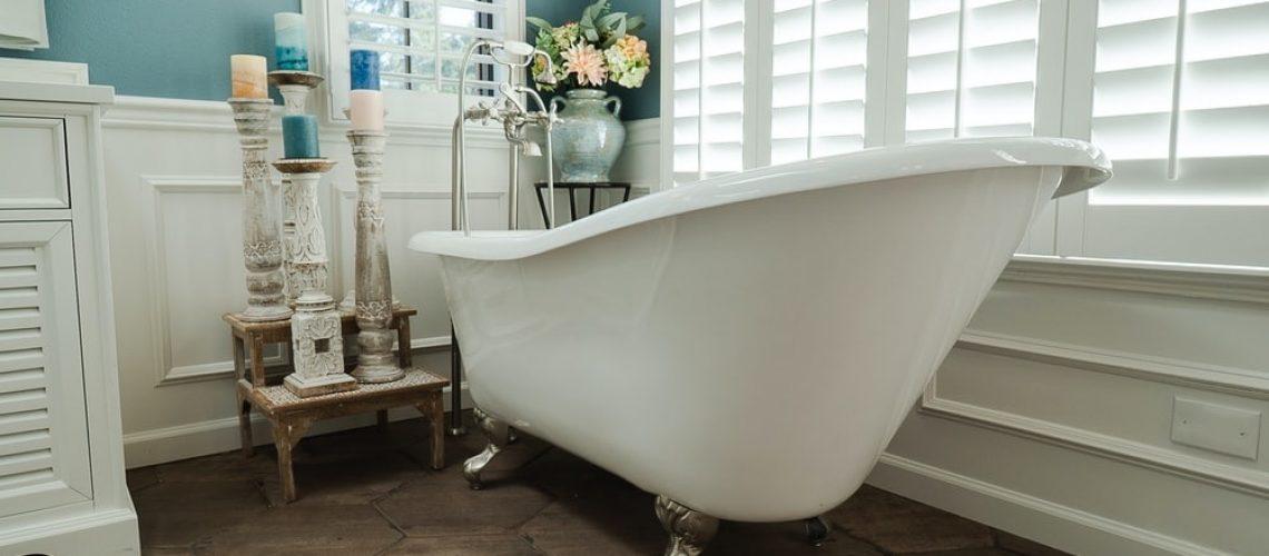 Bathtub and flowers